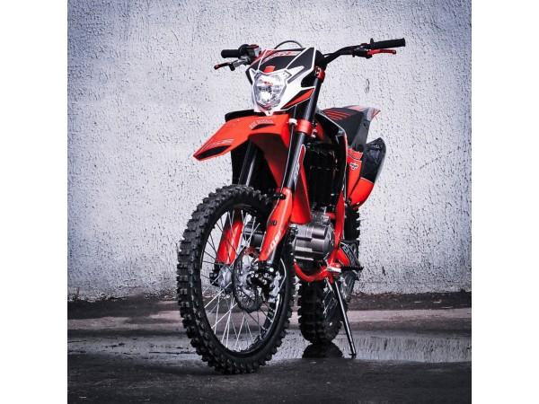Мотоцикл кроссовый BSE Z11 (1)
